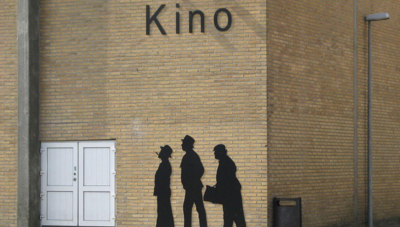 Łącznie w ciągu trzech dekad powstało 14 filmów o genialnie zaplanowanych przez szefa gangu Egona Olsena skokach (fot. olsenbande-com / wikimedia commons)