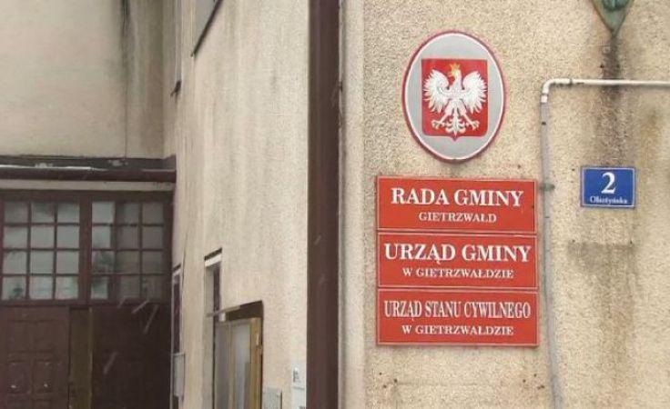 W kwietniu ubiegłego roku mieszkańcy gminy odwołali Marcina S. z urzędu
