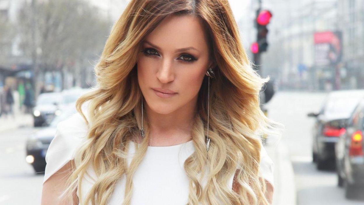 """Tijana Bogicevic, Serbia, wokalistka pop jest znana przede wszystkim z hitu """"Searching"""" z 2010 roku. Jej piosenka na Eurowizję to """"In Too Deep"""" (fot. Eurovision.tv)"""