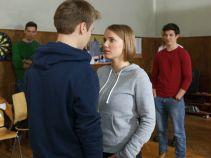 Iga natomiast odbywa praktyki z resocjalizacji młodzieży (fot. M. Wiecha/ TVP)