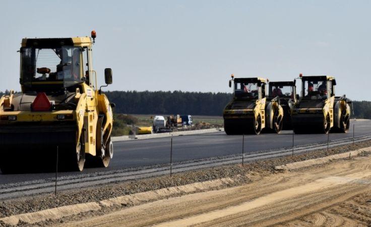 Budowa infrastruktury kluczowa dla rozwoju kraju. Na zdjęciu budowa drogi S7 na odcinku Napierki-Nidzica.