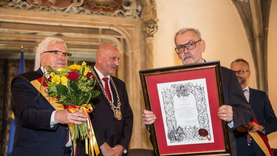 Jacek Ossowski, Rafał Dutkiewicz, Jerzy Kapłański (fot. PAP/Maciej Kulczyński)