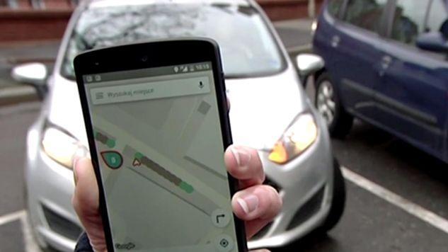 Aplikacja znajdzie idealne miejsce do zaparkowania (fot. Teleexpress)