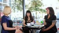 """Jedna z prowadzących program """"Cappuccino z książką"""" pisarka - Sylwia Chutnik. (fot. mat. promocyjne)"""