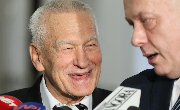 Przewodniczący koła poselskiego Wolni i Solidarni Kornel Morawiecki (fot. PAP/Paweł Supernak)