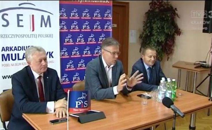 Politycy PiS na Sądecczyźnie o polityce rządu i lokalnych problemach
