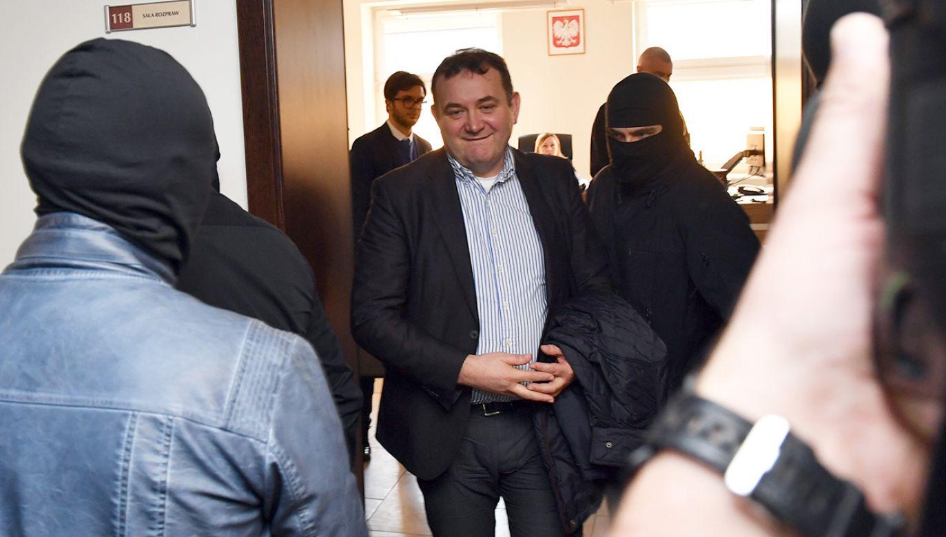 W Sądzie Rejonowym Szczecin-Prawobrzeże i Zachód odbyło się posiedzenie aresztowe wobec posła i sekretarza generalnego PO Stanisława Gawłowskiego (fot.  PAP/Marcin Bielecki)