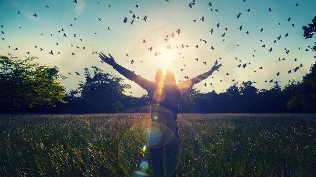 Zdrowy, harmonijny styl życia pozwala wydłużyć życie człowieka nawet o 10 lat (fot. Shutterstock/BABAROGA)