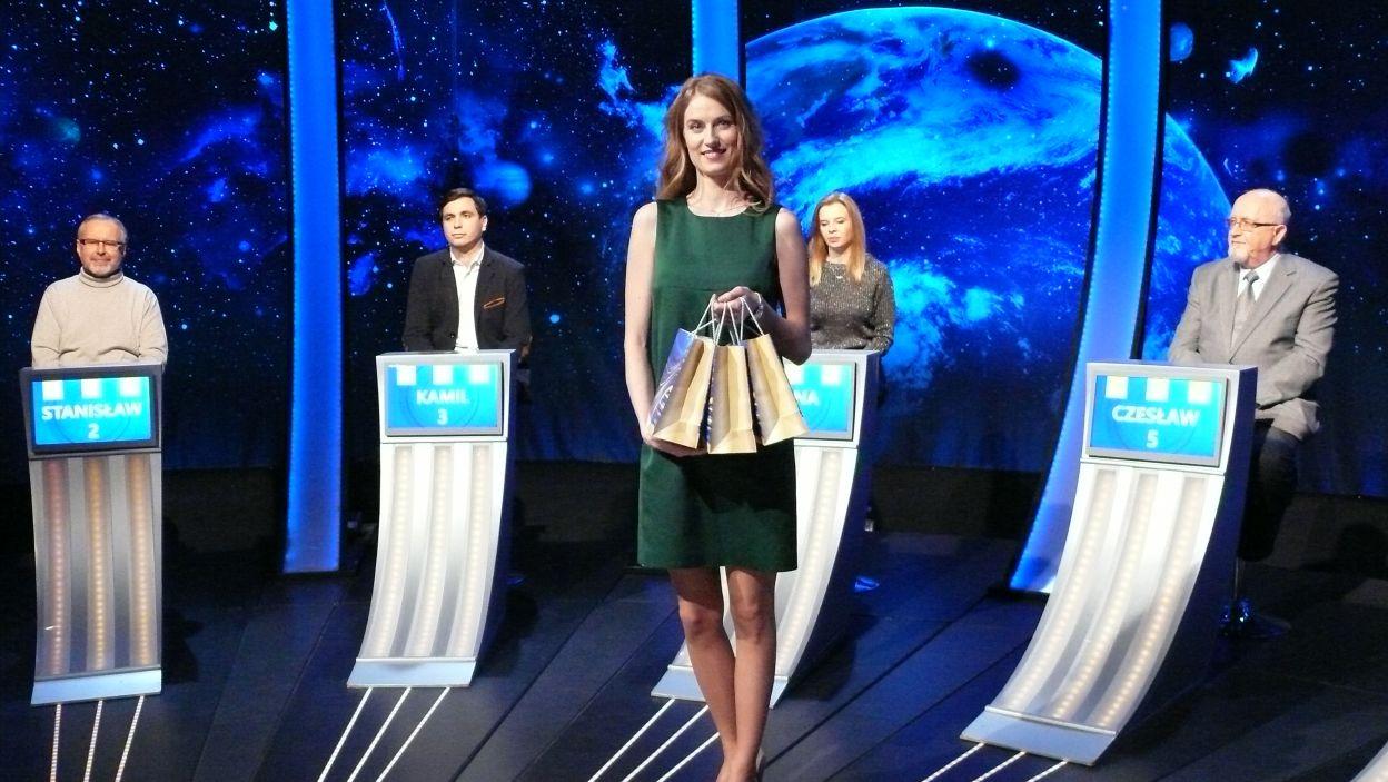 Pani Sylwia jest już gotowa rodać nagrody finalistom 8 odcinka 104 edycji