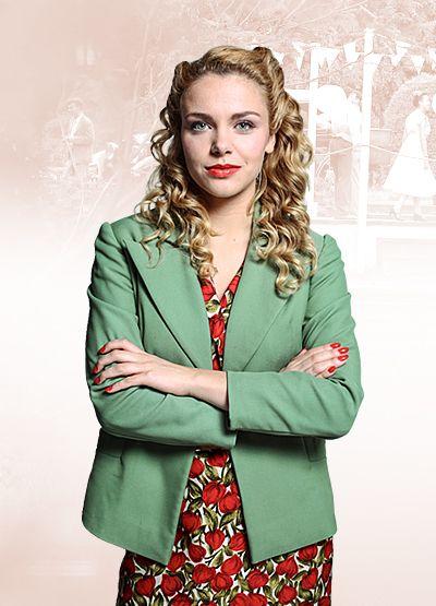 EWKA FRONCZAK (Vanessa Aleksander)