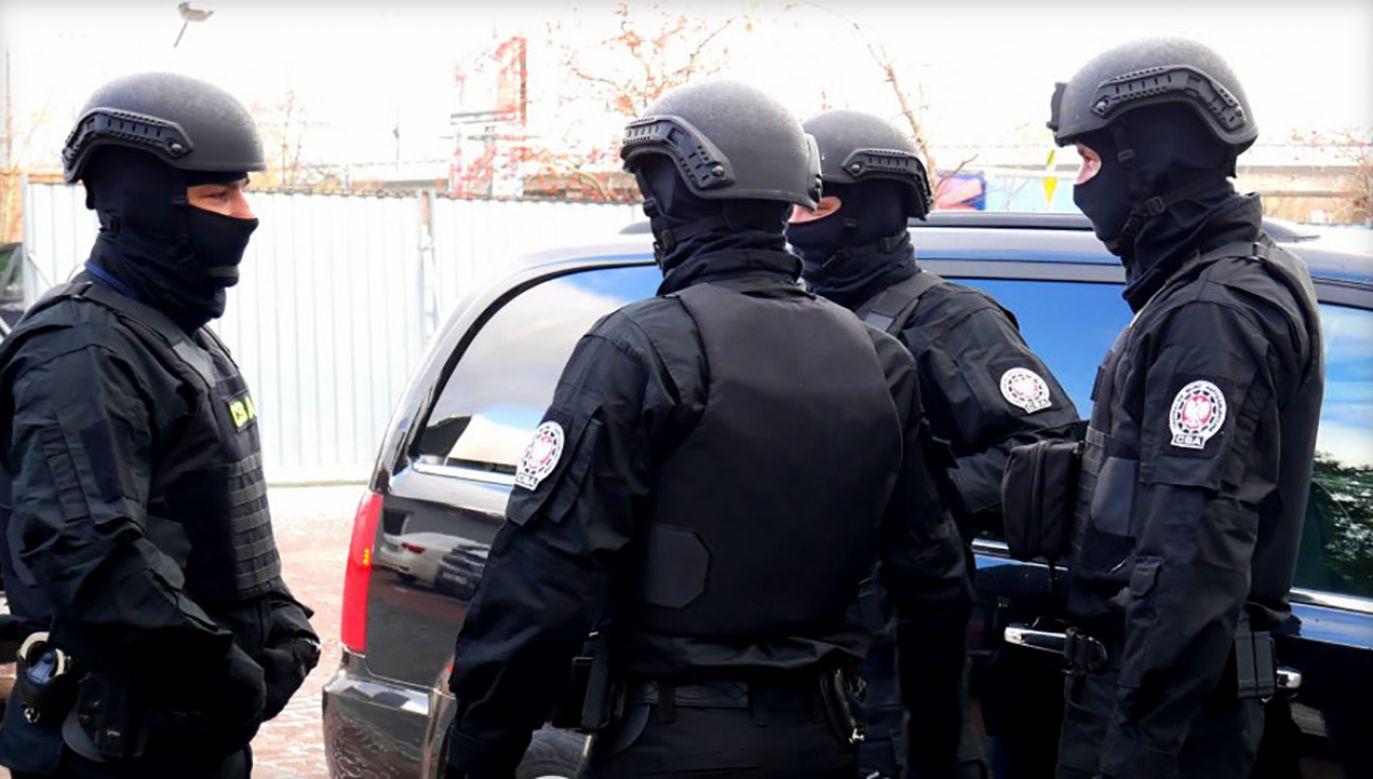 Za zarzucane przestępstwa grozi kara pozbawienia wolności do 15 lat (fot. cba.gov.pl)