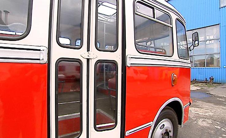 Odrestaurowano zabytkowy miejski autobus