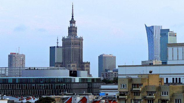 Temat reprywatyzacji w Warszawie nie gaśnie (fot. Flickr/Lukas Plewnia)