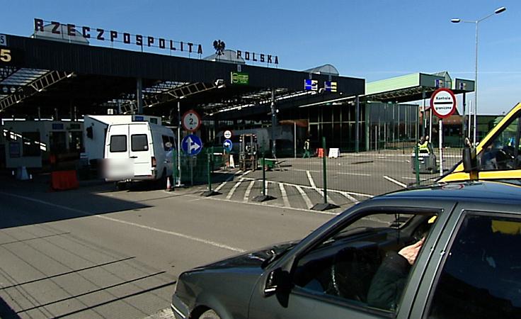 Ponad 100 kradzionych aut zatrzymanych na granicy