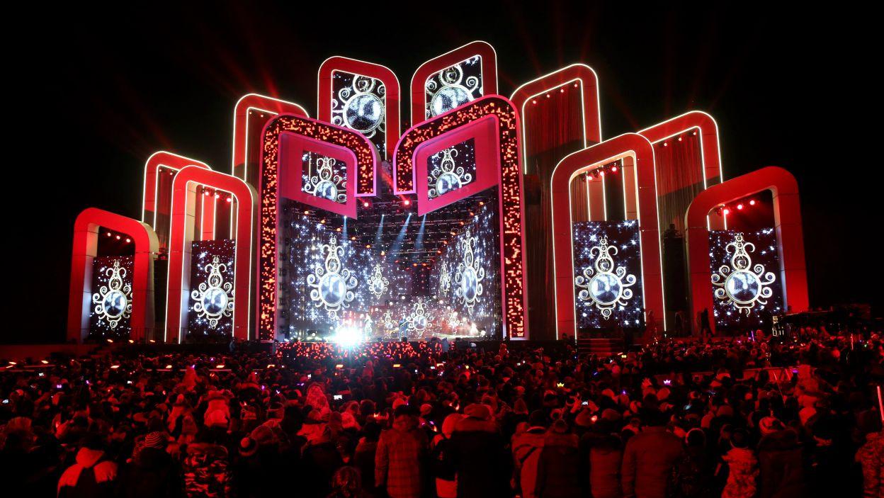W Zakopanem, na Równi Krupowej stanęła gigantyczna scena (fot. PAP/Grzegorz Momot)