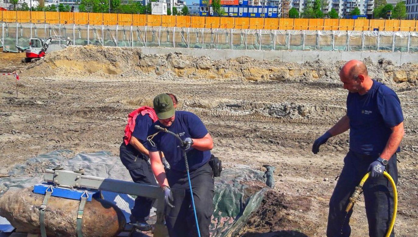 Akcja rozbrajania bomby została zakończona (fot. tt/@PolizeiBerlin_E)