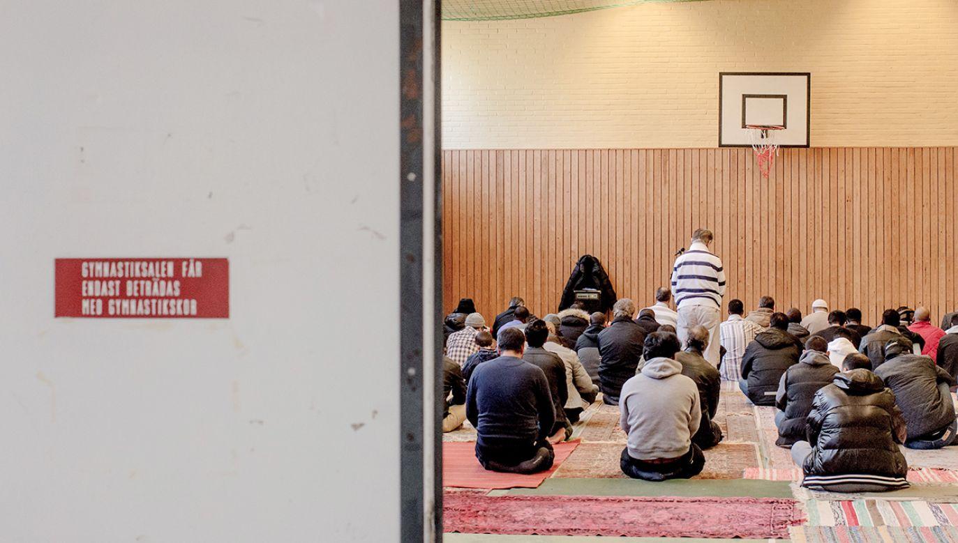 Raport ostrzega przed radykalizacją szwedzkich muzułmanów (fot. David Ramos/Getty Images)