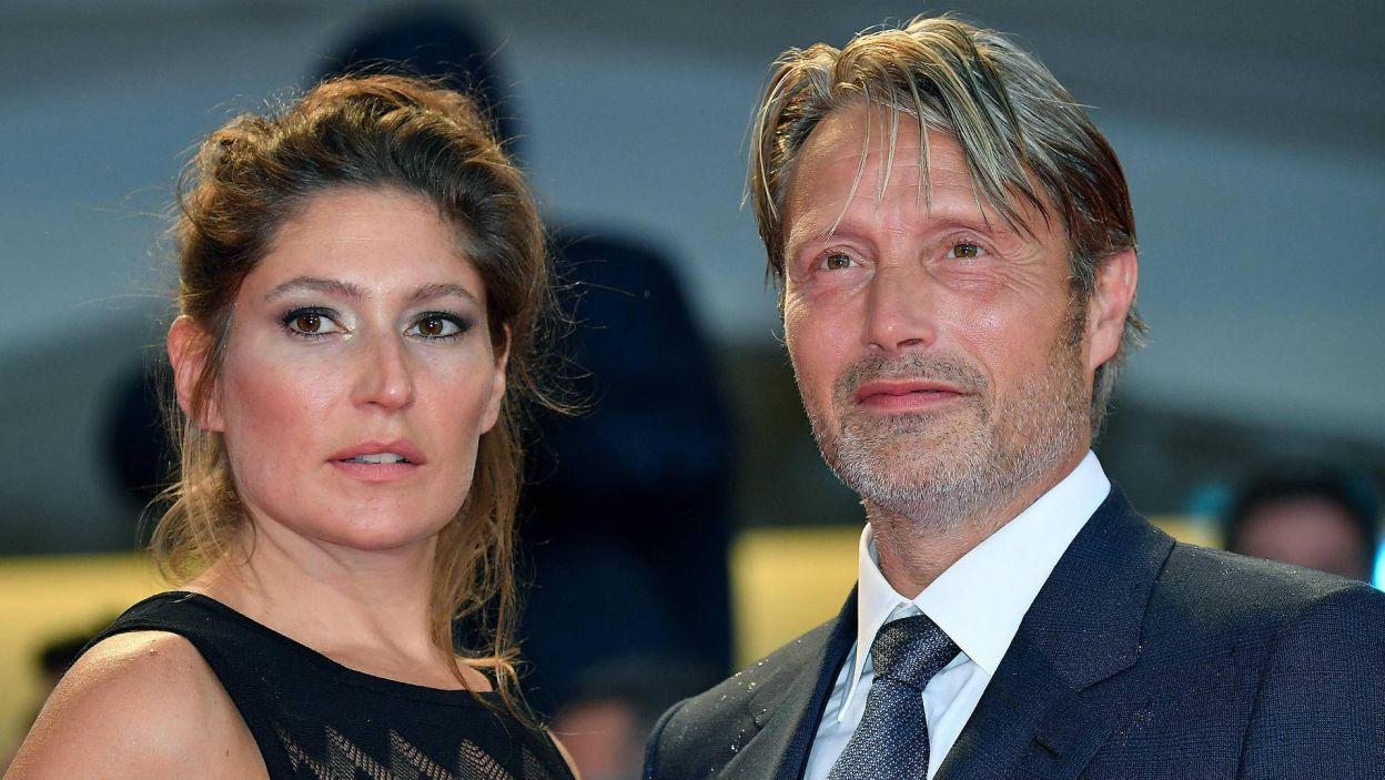 Mads Mikkelsen z żoną Hanne Jacobsen (EPA/ETTORE FERRARI)
