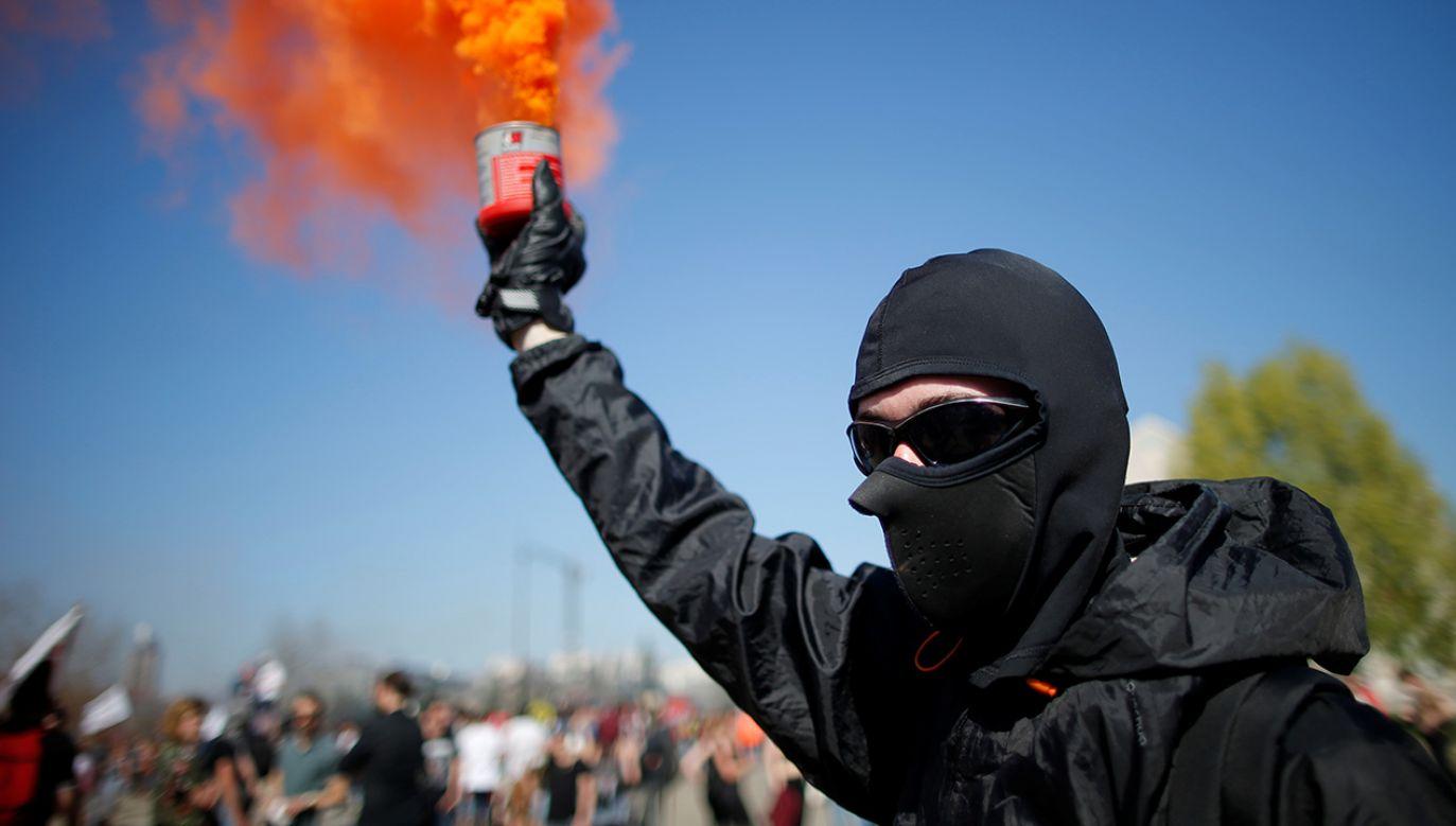 Protesty zmobilizowały dziesiątki tysięcy Francuzów (fot. REUTERS/Stephane Mahe)
