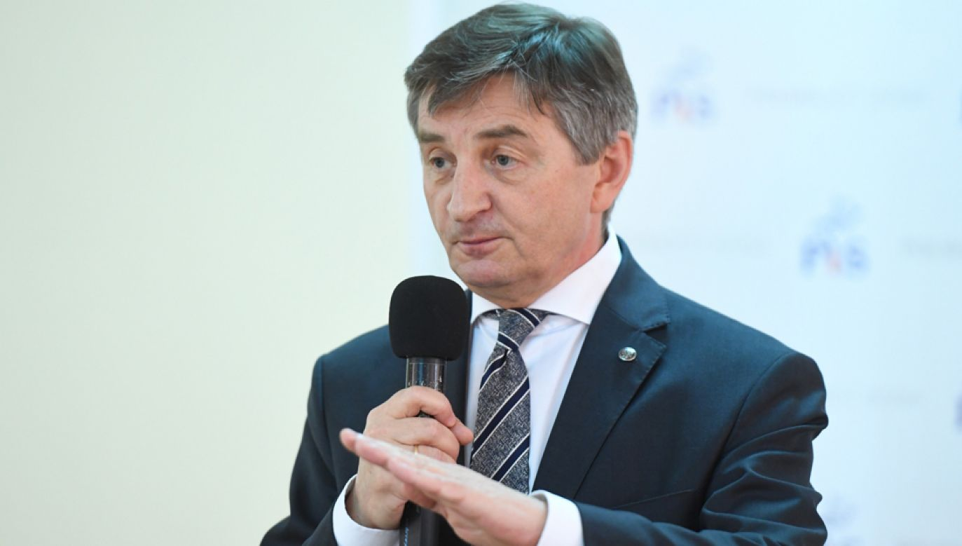 Marszałek marek Kuchciński (fot. PAP/Jacek Bednarczyk)