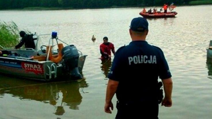 W poszukiwaniach brali udział policjanci i strażacy (fot. KWP Olsztyn)