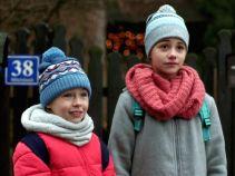 Dziewczynki chcą poznać tajemniczą Sylwię, której pojawienie się tak zmieniłao zachowanie ich taty (fot. TVP)