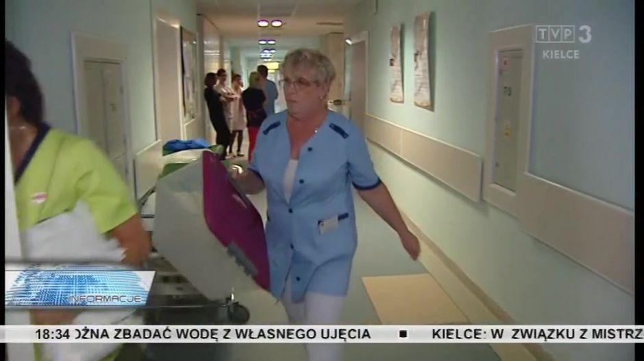 Protest skarżyskich pielęgniarek. Widmo strajku odsunięte