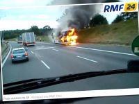 Spłonął autokar przewożący  dzieci. Pasażerowie wcześniej zdążyli go opuścić