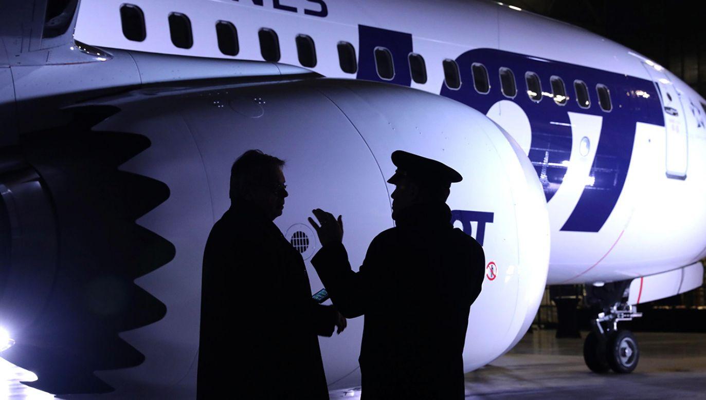 Najnowocześniejszy samolot wąskokadłubowy świata – Boeing 737 MAX 8 zaprezentowano mediom na lotnisku Chopina, (fot. arch.PAP/Tomasz Gzell)