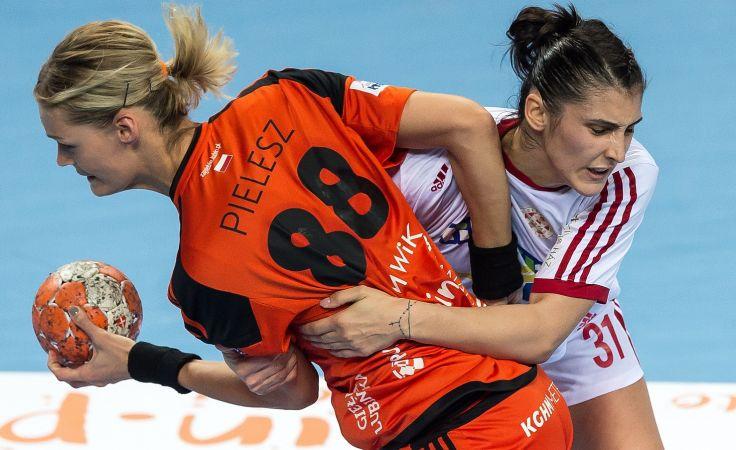 Klaudia Pielesz (L) i Maria Zamfirescu (P) (fot. PAP)