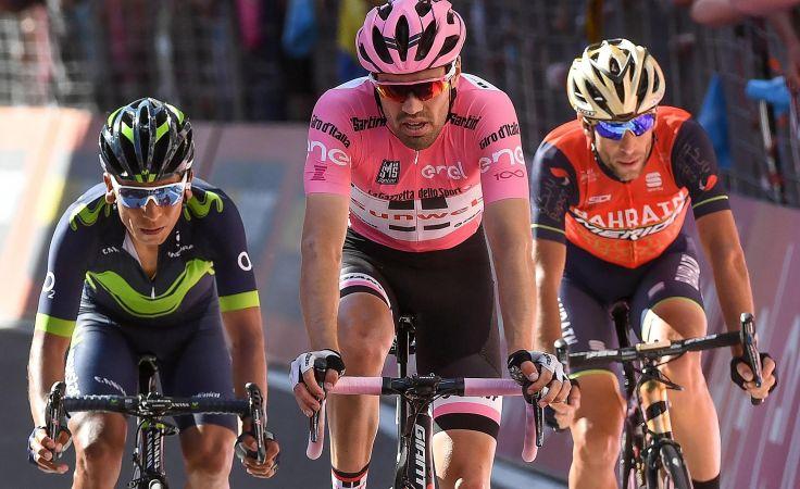 Od lewej: Nairo Quintana, Tom Dumoulin i Vincenzo Nibali (fot. PAP)