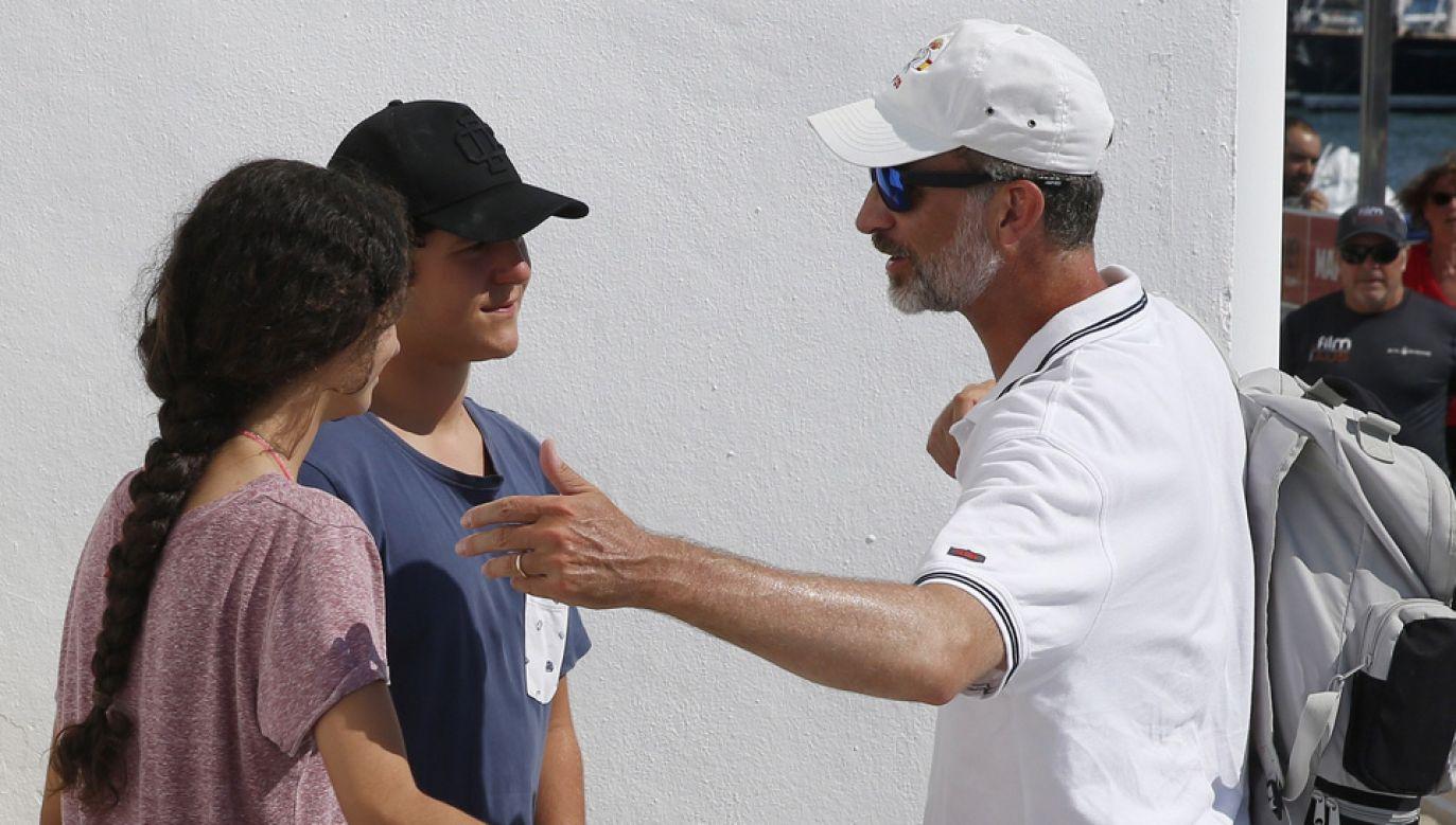 Felipe Juan Froilán (w środku) jest bratankiem króla Filipa VI (fot. PAP/EPA/BALLESTEROS)
