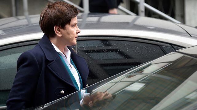 Premier Szydło w prokuraturze. Opowiedziała o wypadku rządowej limuzyny
