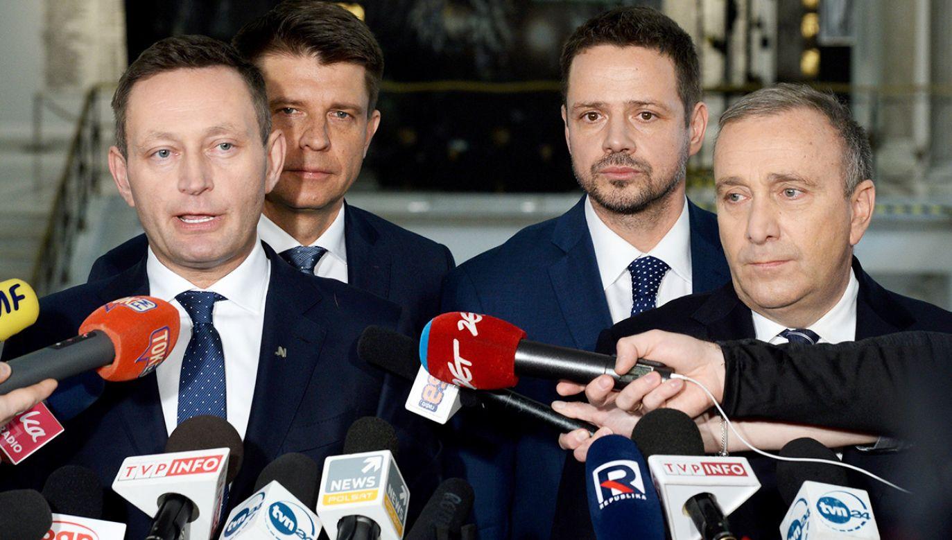 Schetyna: Porozumienie PO i Nowoczesnej ma być szersze (fot. PAP/Jacek Turczyk)