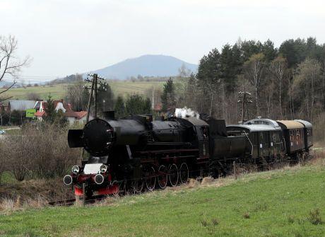 Kursy pociągów retro po najpiękniejszych trasach Małopolski
