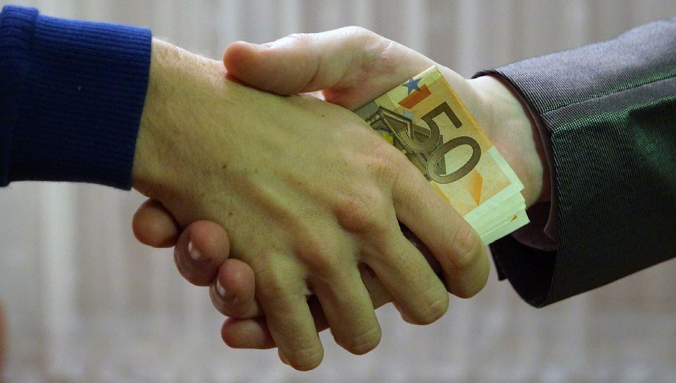 Korupcja jest problemem w Kazachstanie (fot. Pixabay)