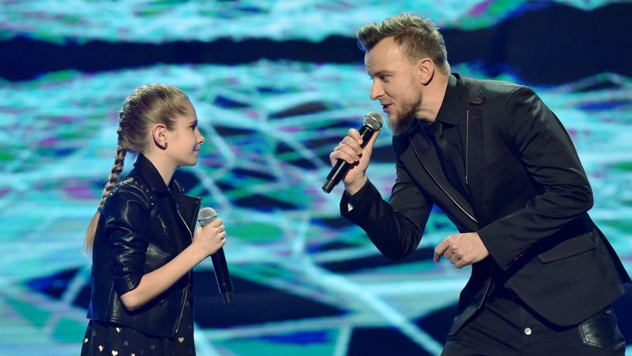 Aleksandra Kędra zaśpiewała z Piotrem Kupichą z zespołu Feel i pokazała na co ją stać! (fot. I. Sobieszczuk)