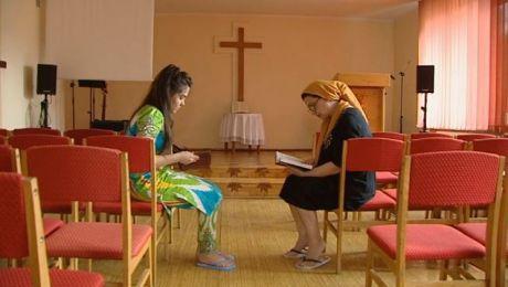 Były prześladowane za wiarę. Szans na nowe życie upatrują w Polsce