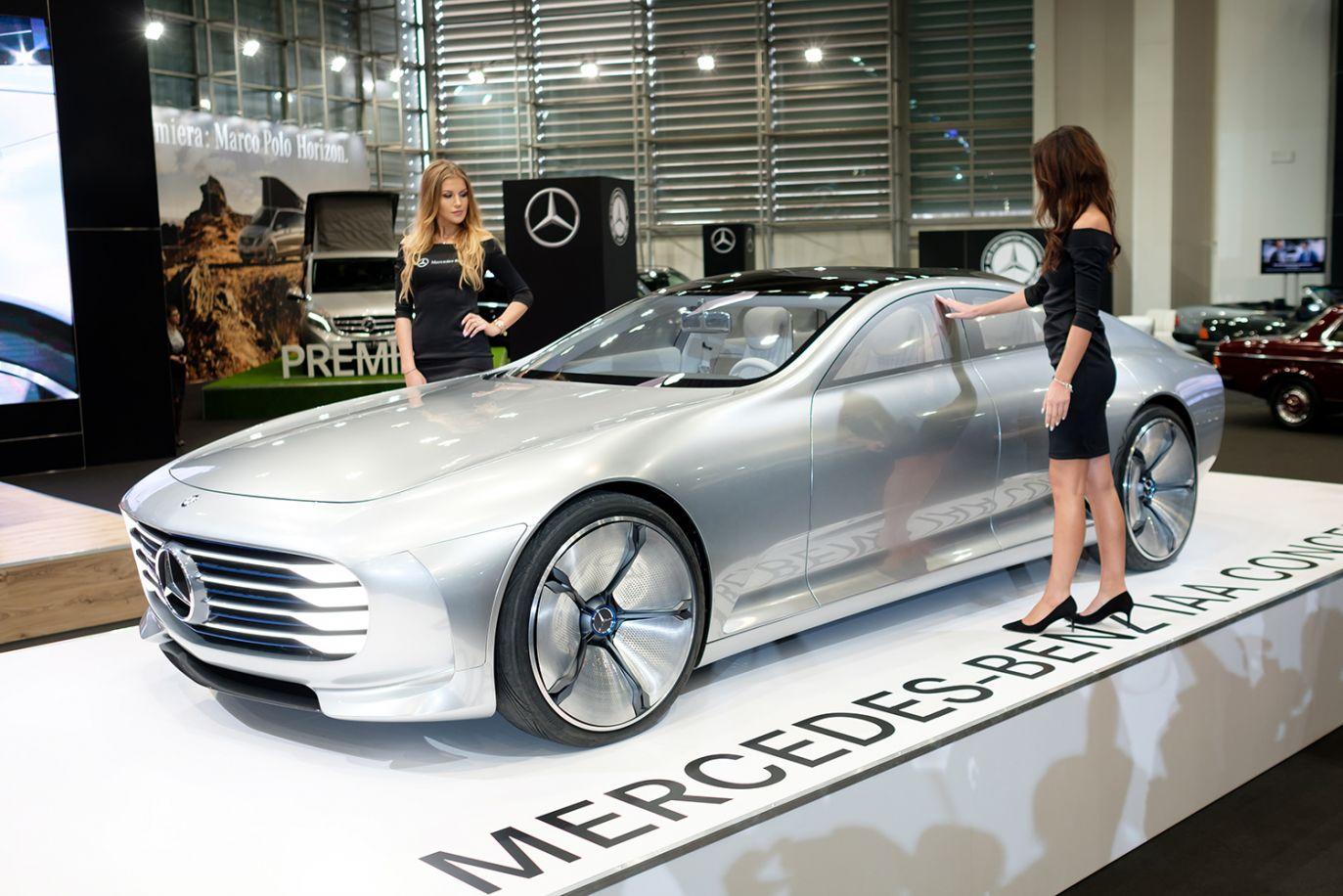 Premierowy pokaz prototypu Mercedes-Benz IAA Concept (fot. PAP/Jakub Kaczmarczyk)