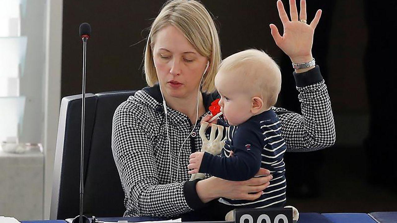 Szwedzka europarlamentarzystka Jytte Guteland (fot.  REUTERS/Vincent Kessler)