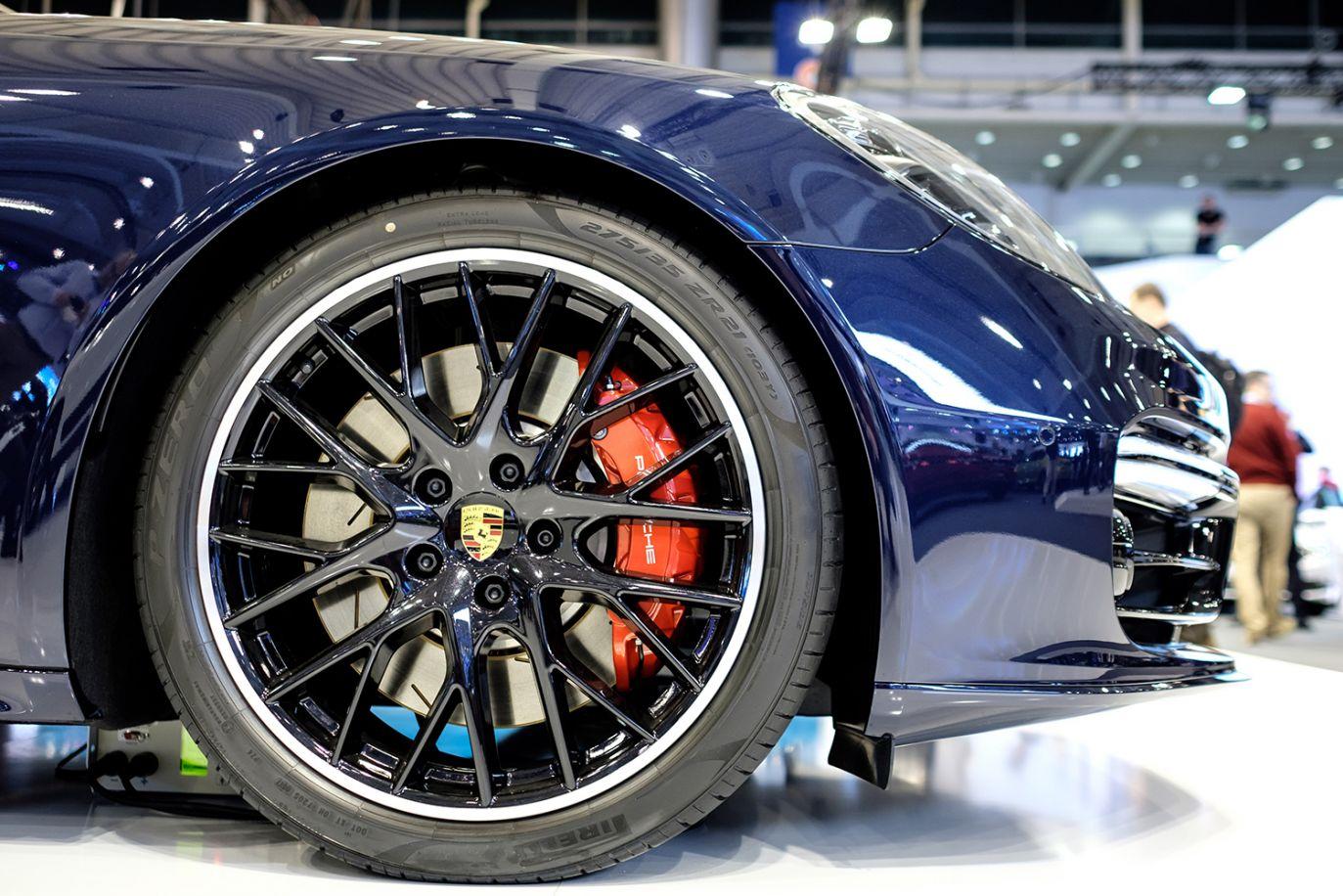 Hamulce Porsche Panamera (fot. arch.PAP/Jakub Kaczmarczyk)