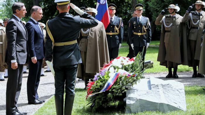 Wolność Polski i Słowenii narodziła się z krwi naszych żołnierzy ... 2116b163aa2