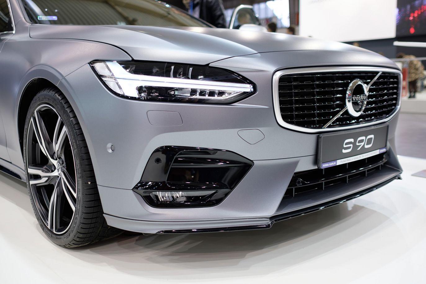 Volvo S90 (fot. arch.PAP/Jakub Kaczmarczyk)