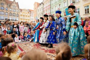 parada-na-wroclawskim-rynku-fot-filip-basara