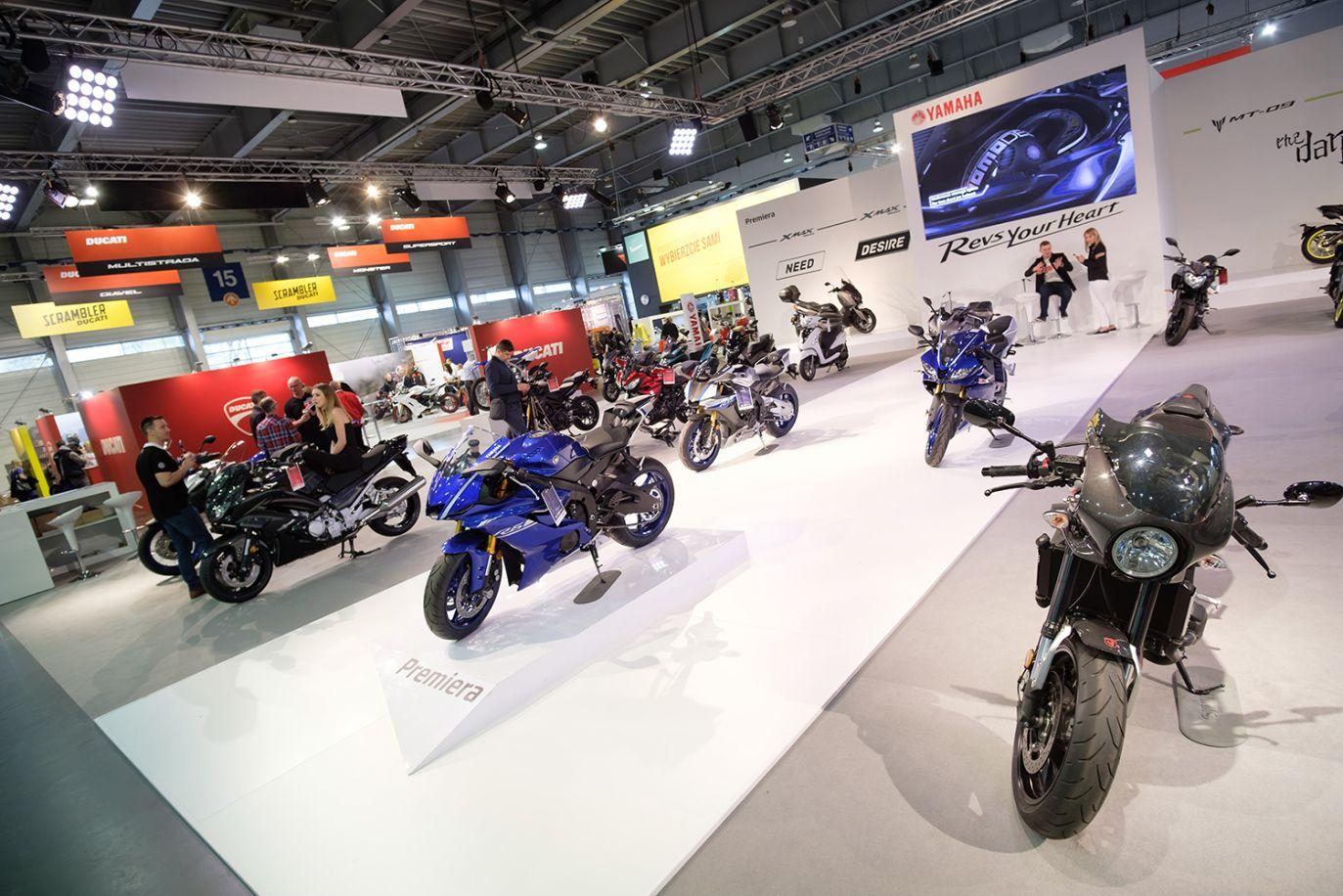 Stoisko firmy Yamaha (fot. arch.PAP/Jakub Kaczmarczyk)