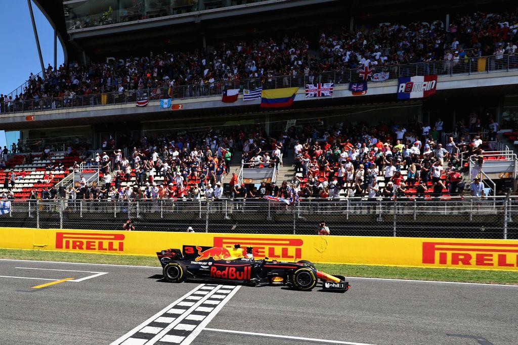Australijczyk Daniel Ricciardo (fot. Mark Thompson/Getty Images)