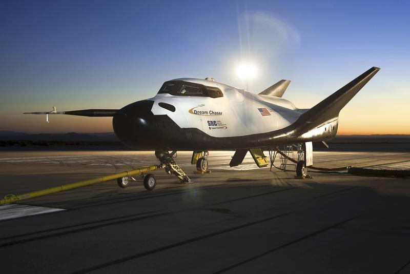 Maszyna do wyścigów Dream Chaser firmy Sierra Nevada Corporation (SNC) (fot. REUTERS/NASA/Ken Ulbrich)