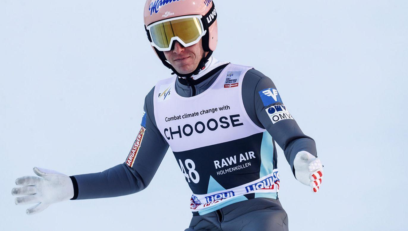Austriak Stefan Kraft zdeklasował rywali (fot. PAP/EPA/TERJE BENDIKSBY)