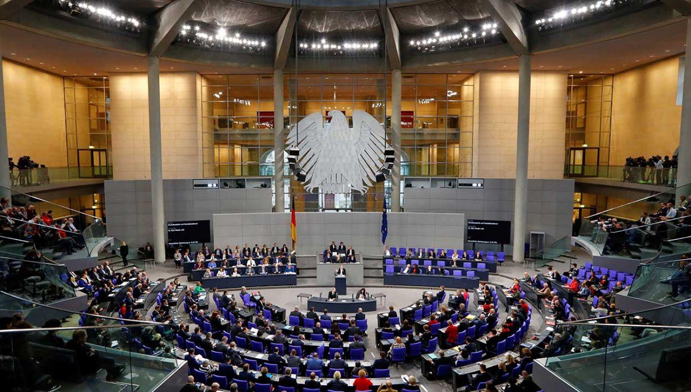 Według niemieckiego TK prawo, które określało dotychczas płeć, naruszało prawo do ochrony własnej osobowości  (fot. REUTERS/Fabrizio Bensch)
