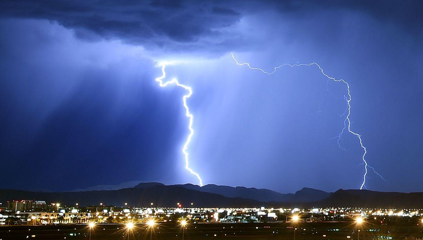 W każdej chwili na świecie aktywnych jest ok. 2 tys. burz (fot. Ethan Miller/Getty Images)
